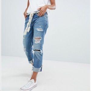 Abercrombie & Fitch Boyfriend Straight Jeans